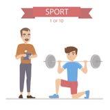 运动员训练与杠铃,教练写结果 免版税库存图片