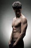 运动员赤裸躯干年轻人 图库摄影