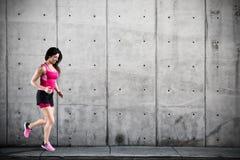 运动妇女赛跑者 库存照片