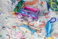 运动沙子和玩具建筑机械 免版税库存照片