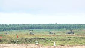 运动的俄国军队防空自走系统慢动作射击  影视素材