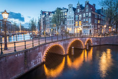 运河交叉路,阿姆斯特丹 免版税库存图片