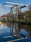 运河升降吊桥 库存照片