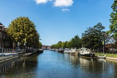 运河在中世纪市布鲁日,比利时 库存照片