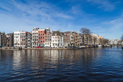 运河在日间阿姆斯特丹 免版税库存图片