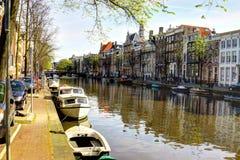 运河在阿姆斯特丹 免版税库存图片