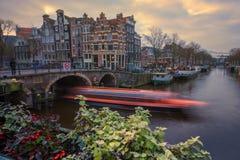 运河在阿姆斯特丹 库存照片