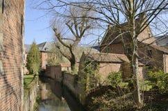 运河在鲁汶贝居安会院 库存图片
