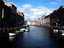 运河彼得斯堡st 免版税图库摄影