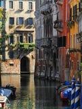 运河美丽如画的威尼斯 库存图片