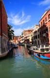 运河都市风景在威尼斯 免版税图库摄影
