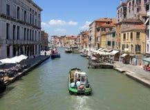 运河重创在威尼斯意大利 库存图片
