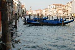 运河重创在威尼斯 免版税库存照片