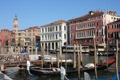 运河重创的威尼斯 免版税图库摄影