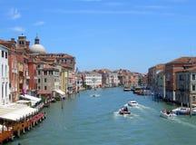 运河重创的威尼斯 图库摄影