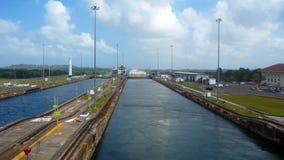 运河锁定巴拿马 免版税库存照片