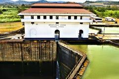 运河锁定miraflores巴拿马 免版税库存照片