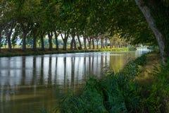运河-在法国南部 免版税库存图片