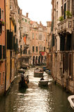 运河水路在威尼斯 免版税库存照片