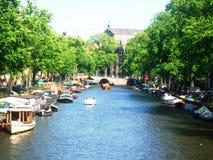 运河Prinsengracht看法在阿姆斯特丹,荷兰,荷兰 免版税库存照片