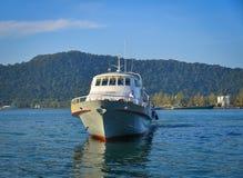 运行在海的轮渡在Phu Quoc,越南 库存照片