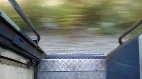运行的火车的门 库存图片