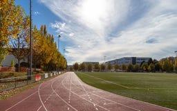 运行 体育运动 横跨地 线路 体育场 免版税图库摄影