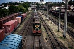 运货车长的火车  免版税库存图片