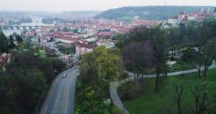 运输交叉点在布拉格,鸟瞰图 股票视频