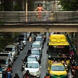 运输交通在市中心 免版税图库摄影