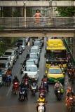 运输交通在市中心 免版税库存图片