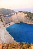 运输在扎金索斯州海岛-希腊上的击毁海湾 库存图片