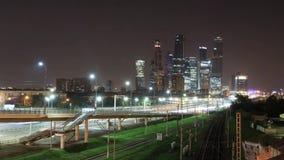 运输大都会、交通和模糊的光Timelapse  股票视频