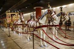 运输车教皇 意大利,罗马,梵蒂冈- 2015年2月19日:大桶 免版税库存图片