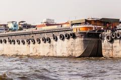 运输驳船 免版税库存照片