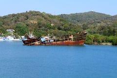 运输从加勒比游轮的残骸风景视图 库存图片