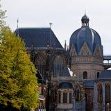 近星点Dom大教堂亚琛,德国 免版税库存照片