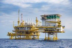 近海油和煤气建筑平台在暹罗湾 库存图片