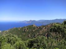 近的les Calanches (Calanques)波尔图,可西嘉岛 库存照片