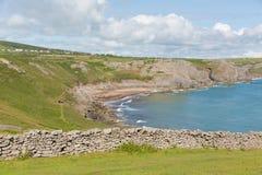 近Gower海岸南威尔士英国秋天海湾对罗西里海滩和Mewslade海湾 免版税库存照片