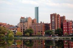 返回海湾波士顿地区微明 库存图片