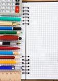 返回被检查的概念笔记本学校 免版税库存照片