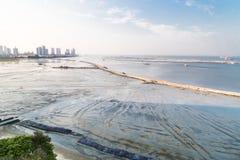 索还活动的海土地在盖尼式床驱动槟榔岛马来西亚 库存图片