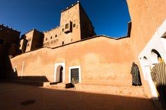 这个沙漠城市深深在摩洛哥由世界其他地方忘记 库存照片