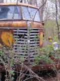 这卡车您在酒吧后停放? 图库摄影