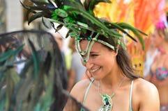 从这名美丽的装饰的妇女的大微笑哥本哈根狂欢节的2013年 库存图片