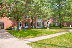 这是其中一栋宿舍在Beloit学院在威斯康辛 免版税图库摄影