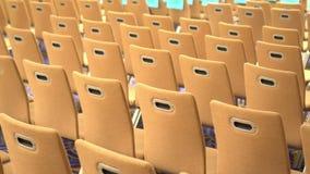 这是很多空的椅子在会议的大厅里 影视素材