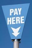 这里薪水签到停车场 免版税库存照片