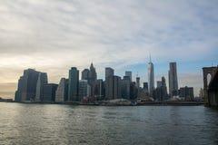 进城曼哈顿,纽约 免版税图库摄影